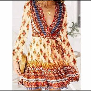Dresses & Skirts - V-neck Bohemian style of dress